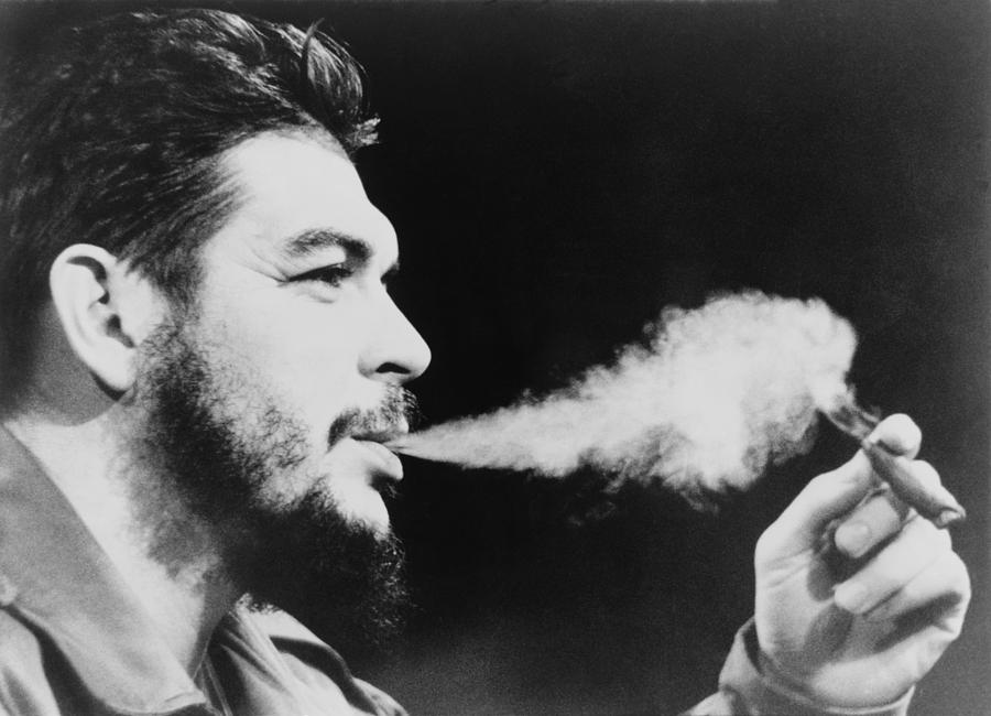 The Capitalization of Che Guevara,Che Guevara,Capitalization,Che, Guevara, criminal, diseased ,minds,mind,youth,young,people,world,t-shit,smoking,revolutionary,revolution,youth icon,revolutionary face,revolution face