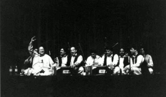 Hussain Hai Hussain Hai - Nabi Ka Noor-e-Aain Hai ,Hussain Hai Hussain Hai,Nabi Ka Noor-e-Aain Hai ,Hussain Hai,whoIsHussian,WhoIsHussian,Who is Hussian,Imam Hussain,Islam,Karbala,Mankabaat,poetry,sufi,islam,muslims,muslim,Poet: Hafeez Jalandhari,Poet,Hafeez Jalandhari,Pakistan's national anthem,national anthem,Pakistan,Khawaja Ghareeb Nawaz's immortal verses,Khawaja Ghareeb Nawaz, immortal verses,verses,nusrat fateh ali khan,khan shahab,nusrat fateh ali ,lyrics